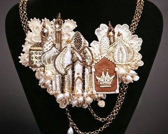 """Necklace """"White Castle"""" from the collection """"Chess Legend"""""""