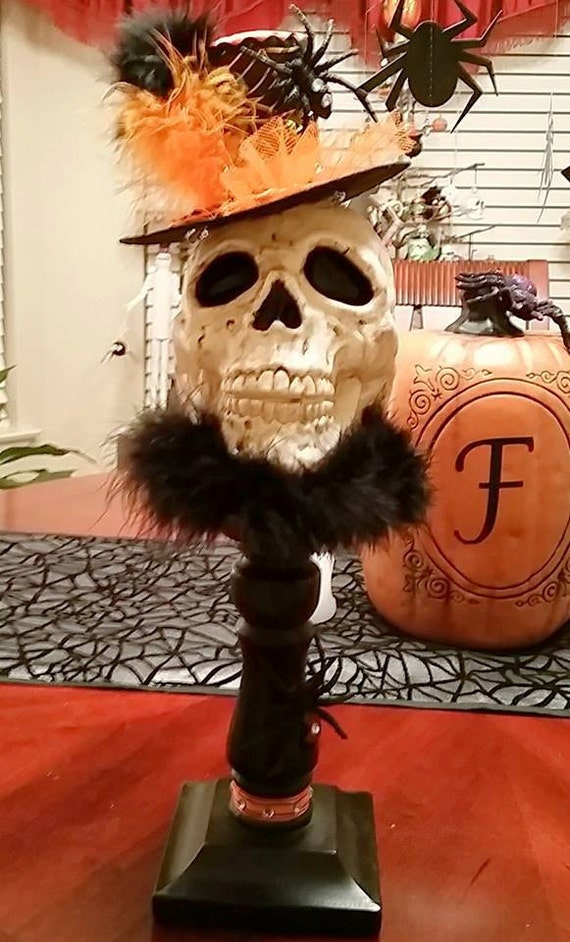 Sophisticated skull halloween decorationcenterpiece for Sophisticated halloween