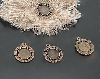 10pcs 12MM Vintage Pendant base,Antique Bronze Round Cameo Cabochon Base Setting Pendants Charm Pendant DT-A1283)