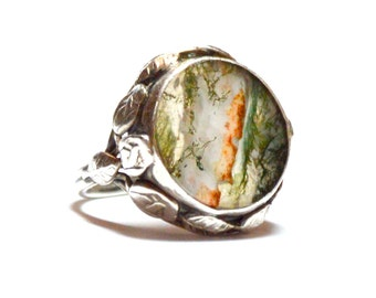 American Arts and Crafts Ring with Dendritic Moss Agate