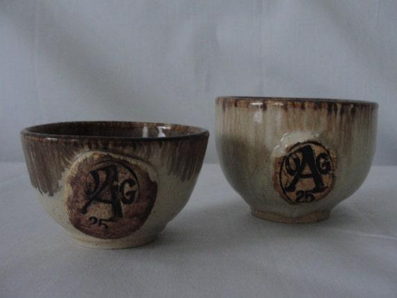 petite ceramic bowls tiny rustic earthenware mini. Black Bedroom Furniture Sets. Home Design Ideas