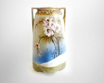 Imperial Nippon hand painted vintage vase with snow flowers - gold