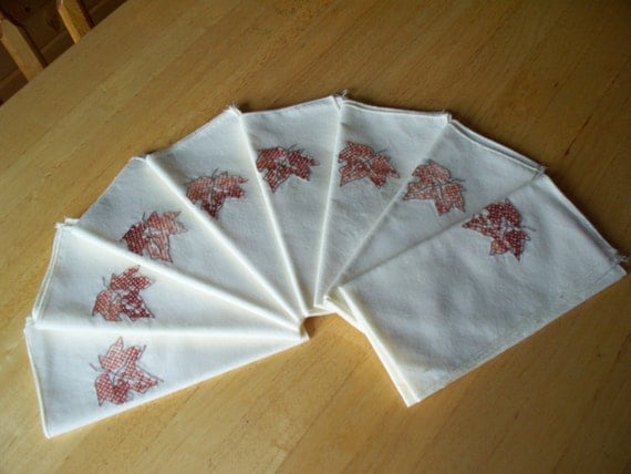 Hand embroidered maple leaf napkins by sassysistersstitches