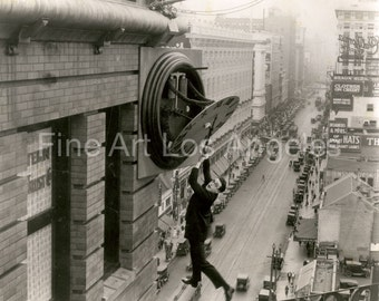 "Hollywood production Photo, Harold Lloyd in ""Safety Last"" 1923"