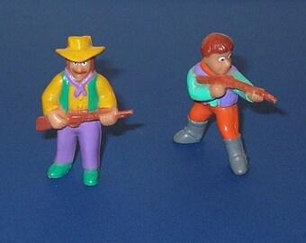 2 Soma Vending Machine Western Figures