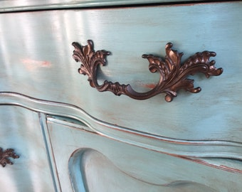 Vintage Chic Hand Painted Sideboard / Buffet / Media Console