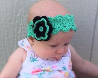 Wavy Edge Headband w/ Flower