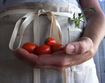 MOTHER'S DAY GIFTS, Simple Linen Utility Apron - Cafe Apron - Made to Order