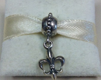 Authentic Pandora Silver Fleur De Lis Charm #790576
