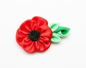 Poppy flower brooch, Kanzashi flower brooch, red kanzashi brooch, fabric brooch,  ladies brooch. Poppy brooch