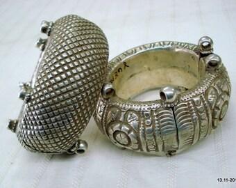 vintage antique collectible tribal old silver bracelet bangle authentic