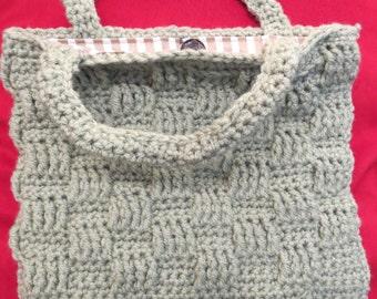 Handmade fully lined crochet tote. light green