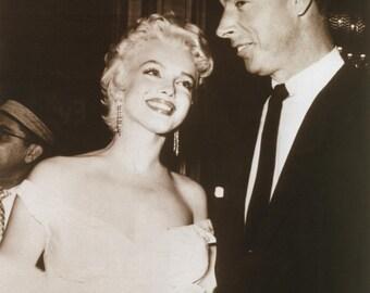 Marilyn Monroe and Joe DiMaggio Poster Art Photo 11x14