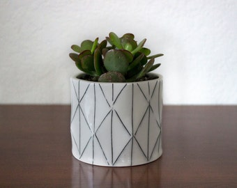Mini Porcelain Planter
