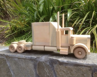 Wooden Semi with Extended Sleeper