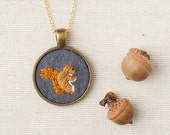 Squirrel Embroidered Wool Felt Necklace - Animal Portrait - Circle Pendant - Gold Plated - Woodland Jewelry - Grey