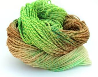 Green Apples wool, hand dyed DK merino, light worsted crochet yarn skein, Double knitting tweed wool, Perran Yarns, brown, cream, uk seller