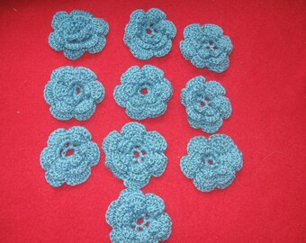 10 Teal Crocheted Flowers