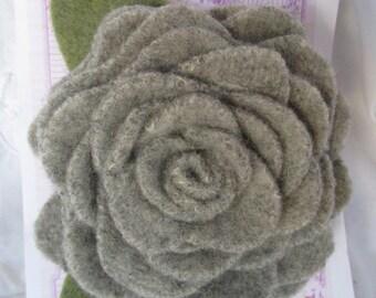 Felt Flower Pin - Recycled Sweater ECS Epsteam