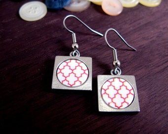 Dangle earrings |  Red and white moroccan print | Jewellery for her | Ethnic jewelry | square earrings | Gift for her, for friend.