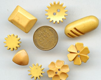BAKELITE BUTTONS - Butterscotch Cream Corn Yellow Lot of (8) Vintage Variety Shapes and Sizes 1059