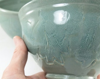 pair of mixing or serving bowls with leaves sold together