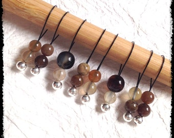 Snag Free Stitch Markers Medium Set of 8 -- Brown Black and Clear Stone -- M6 -- For up to size US 11 (8mm) Knitting Needles