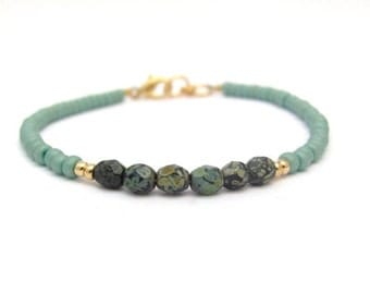 Sage Green Friendship Bracelet, Turquoise Green Beaded Bracelet, Beaded Bracelet, Yoga Jewelry, Zen Bracelet, Stack Layer, Hawaiian Jewelry