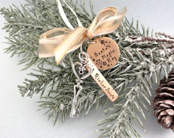 Santa's Magic Key - Santa Key - Personalized Ornament - Christmas Key - Christmas Tree Decoration - Hand Stamped - Mixed Metal Charms