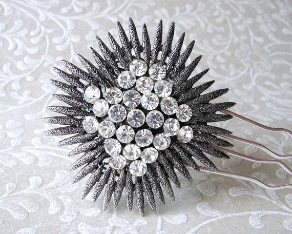 Unique Black Wedding Hairpiece Headpiece Dark Spiked Rhinestone Chrysanthemum Vintage Jewelry Hair Comb Renaissance Gothic Bride Prom GoT