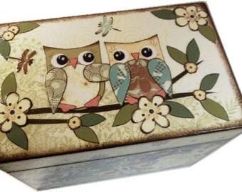 Recipe Box, Decoupaged, Handcrafted Decoupaged Box, Owl Box, Bridal Shower, Wedding Card Box. Kitchen Storage Organization, MADE TO ORDER