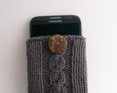 Phone Case for Samsung Galaxy Note 2, 3, 4 or 5  Handknit Cotton with Coconut Button Crocheted Loop  Gift under 30