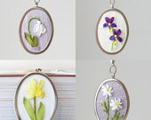 Birthday necklace, birth flowers necklace, floral jewelry, embroidered botanical necklace pendant, bridesmaid gift, Mother's Day gift