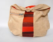 Suede sack // red stripes