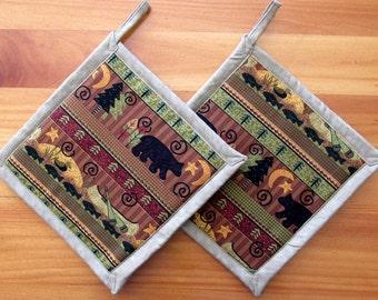 Set of 2 Black Bear Canoe with Brown Potholders, Bear Kitchen Theme, Bear Kitchen Decor, Fabric Pot Holders