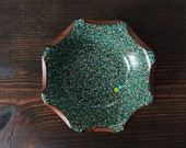 Circular Petal Edge Bowl : Blue/Green Dots