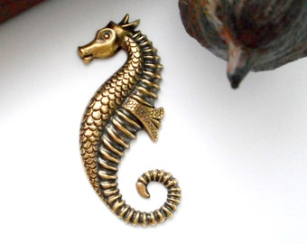 ANTIQUE BRASS Large SEAHORSE Stampings - Jewelry Ornamental Findings (E-19)