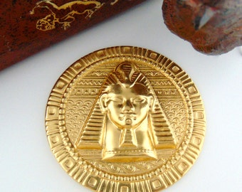 BRASS * Round Egyptian Motif Embossed King Tut Stamping ~ Jewelry Findings ~ Brass Stamping (FC-19)