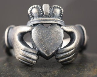 Large Claddagh ring in sterling silver with antiqued finish