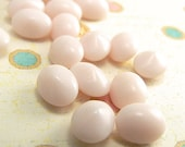 Vintage Pink Cabochon Glass Stone Opaque Pastel Alabaster Oval 8x6mm (10)
