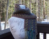 Knit mens or womens scarf brown with woven colors