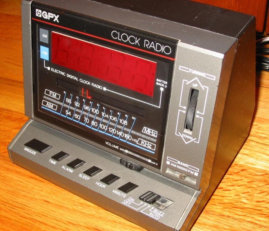 vintage mod 80s gpx digital radio alarm clock by moderneme. Black Bedroom Furniture Sets. Home Design Ideas