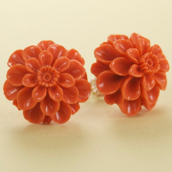 Vintage Lucite Mum Button Post Earrings