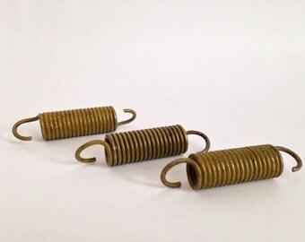 Small Vintage Industrial Springs / Yellow Metal or Hooks