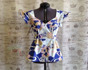 70s Retro Asian Boho Chic Inspired Blue Floral Print Tunic Blouse Size M