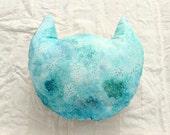 Cat Head Cushion . Cat . Throw Cushion . Pillow . Nursery Decor