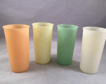 Set of 4 Vintage 1970's Tupperware Glasses