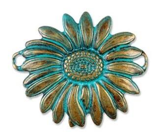 Daisy Pendant, Connector, Vintage Patina Blue Green, Trinity Brass, VB10