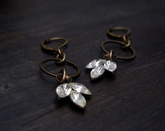 Rhinestones trio with simple antique brass ring // earrings