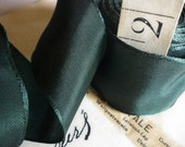 """5 Yards of Forest Green & Black Wired Ribbon (1.5"""")"""